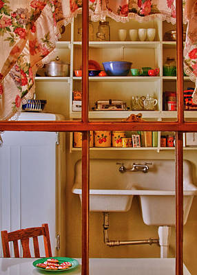 Clark Table Photograph - Clark County Kitchen by Mitch Spence