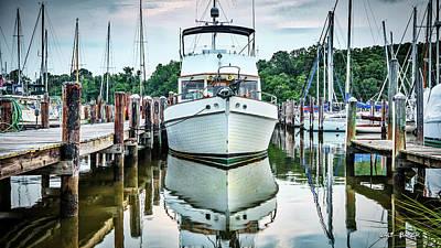 Cabin Cruisers Photograph - Classic Cruiser by Walt Baker
