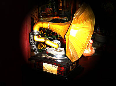 Classic Victor V Phonograph Print by Al Bourassa