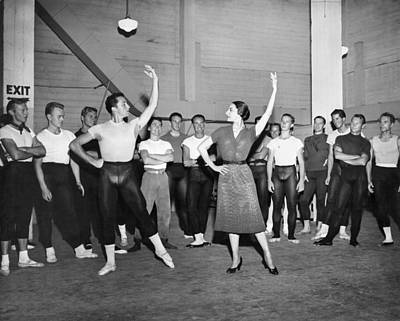 Prima Ballerina Photograph - Classical Dance Class by Underwood Archives