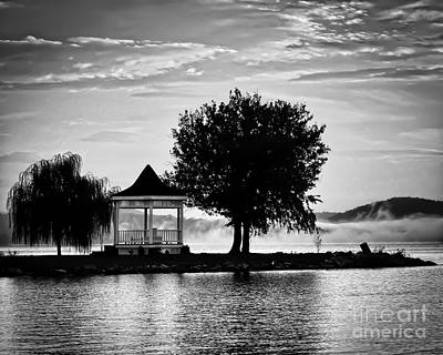 Claytor Lake Gazebo - Black And White Art Print