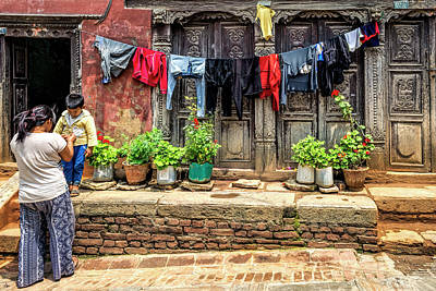Photograph - Clean Clothes by Maria Coulson
