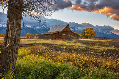 Teton Mountains Photograph - Clearing Storm Over Moulton Barn by Darren White