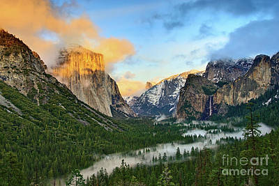 Photograph - Clearing Storm - View Of Yosemite National Park From Tunnel View. by Jamie Pham