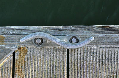 Photograph - Cleat On A Dock by Kay Lovingood