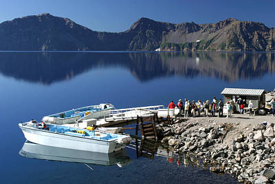 Photograph - Cleetwood Cove Tour Boat Visitors, Crater Lake National Park, Oregon by Robert Mutch