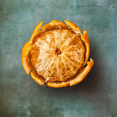 Slices Photograph - Clementine by Scott Norris