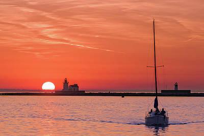 Photograph - Cleveland Ohio Sunset  -  Clevelandsunset118450 by Frank J Benz