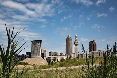 Photograph - Cleveland Through The Green by Dale Kincaid