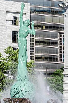 Photograph - Cleveland War Memorial by Stewart Helberg