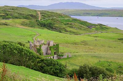 Bay Photograph - Clifden Castle by Tony Crehan