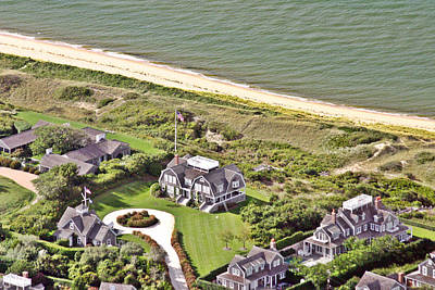 Photograph - Cliff Road Houses Nantucket Island 4 by Duncan Pearson
