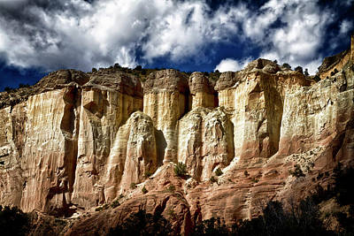 Photograph - Cliffs At Echo Amphitheater by Robert Woodward