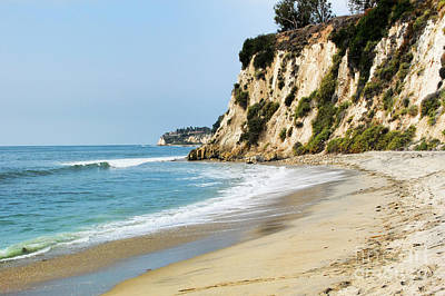 Photograph - Cliffs At Paradise Cove by Joe Lach
