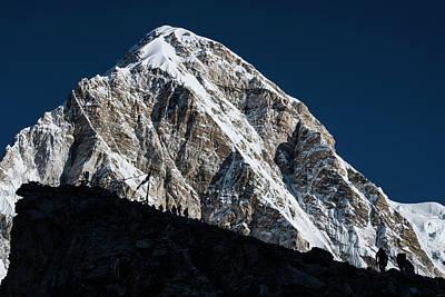 Photograph - Climb To Kala Patthar by Owen Weber