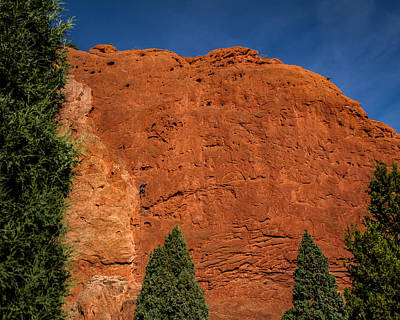 Photograph - Climbing The Gardens Of The Gods by Ron Pate