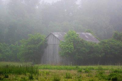 Photograph - Clinton Barn by Buddy Scott
