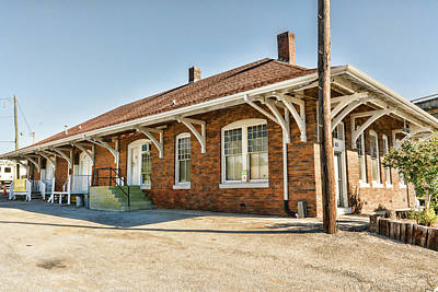 Photograph - Clinton Train Depot by Sharon Popek
