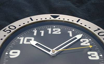 On Trend At The Pool - Clock Face by Rob Hans