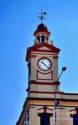 Clock Tower In Albury Australia Art Print by Kaye Menner