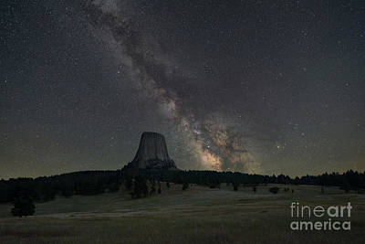 Close Encounters Of The Third Kind Devils Tower Art Print