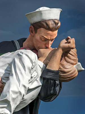 Photograph - Close-up Of Kiss From Unconditional Surrender Sculpture by Phil Cardamone