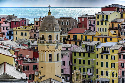 Photograph - Close Up Of Vernazza Buildings, Cinque Terre, Italy by Global Light Photography - Nicole Leffer