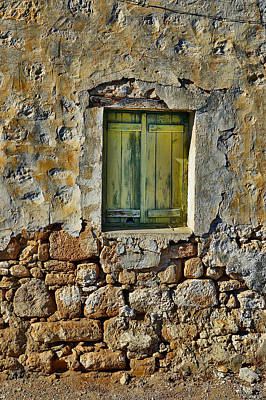 Close Window. Original by Andy Za