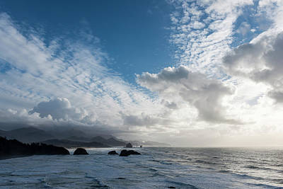 Photograph - Cloud Parade by Robert Potts