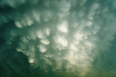 Photograph - Cloud Riot by Tana Reiff