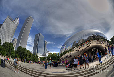 Photograph - Cloudgate In Milliennium Park by David Bearden