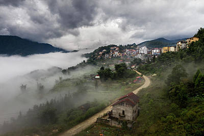Photograph - Crawling Clouds by Hitendra SINKAR