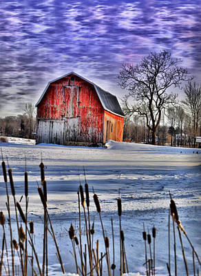Barns Photograph - Cloudy Barn by Emily Stauring