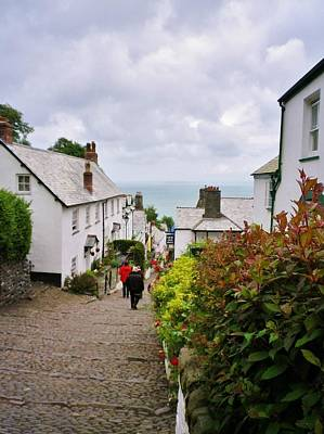 Photograph - Clovelly High Street by Richard Brookes