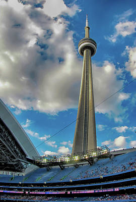 Photograph - Cn Tower by C H Apperson