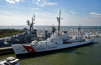 Photograph - Coast Guard Ship 10 Color by Joseph C Hinson Photography