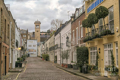 Photograph - cobblestoned street in the Mews in London Kensington by Patricia Hofmeester