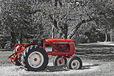 Photograph - Cockshutt 20 Vintage Tractor  by Aimelle