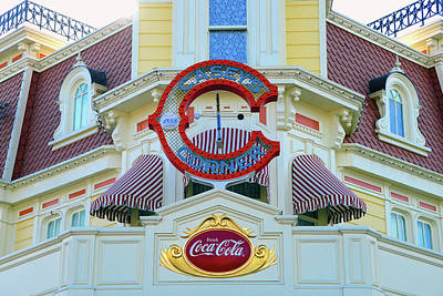 Photograph - Coca Cola On Main Street by David Lee Thompson