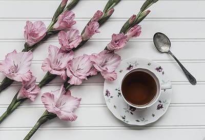 Coffee Cup Photograph - Coffee Break by Kim Hojnacki