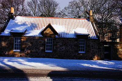 Photograph - Cold Cottage Elevation   by Nik Watt