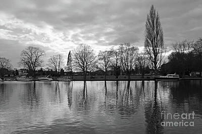 Photograph - Cold Winters Day On The Thames At Teddington London by Julia Gavin