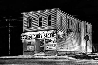 Photograph - College Party Store In Black And White by Randall Nyhof