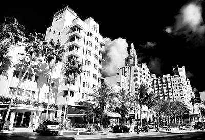 Collins Avenue South Beach Art Print