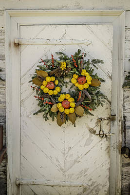 Potting Shed Photograph - Colonial Nursery Door At Christmas by Teresa Mucha