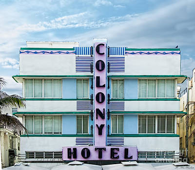 Photograph - Colony Hotel - Miami Florida by Barbara McMahon