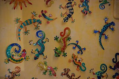 Digital Art - Color Lizards On The Wall by Rob Hans