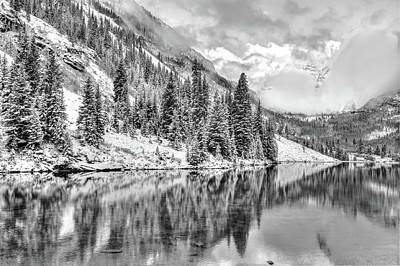 Colorado Living In Black And White - Maroon Bells Art Print