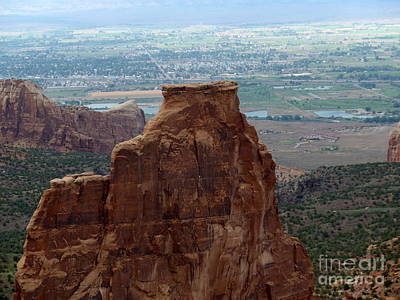 Photograph - Colorado National Monument by Marlene Rose Besso