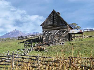 Colorado Rocky Mountain Vintage Barn   Art Print